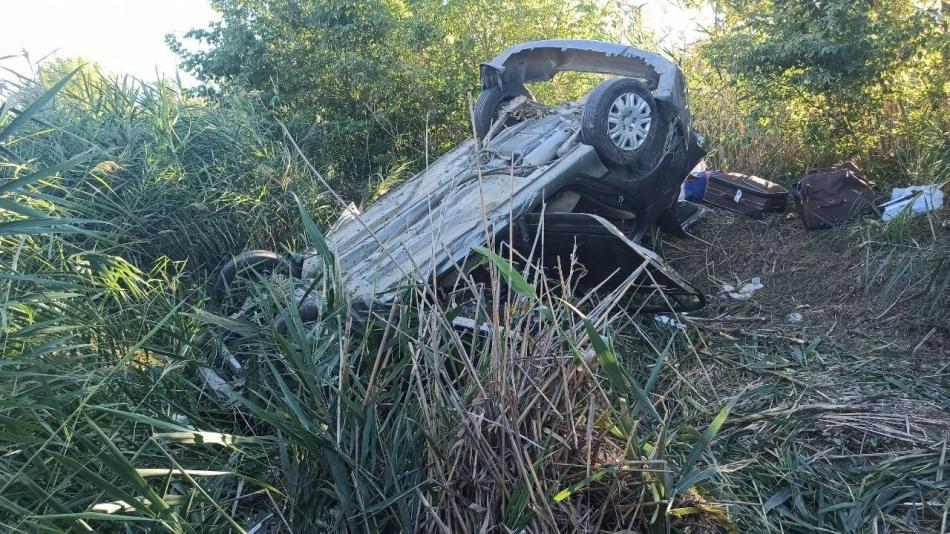 2021/09/1630776246_sivasta-meydana-gelen-trafik-kazasinda-sarampole-u-1630768509918.jpg