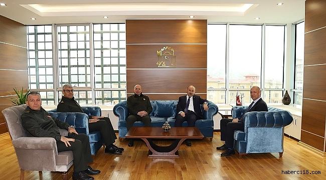 4. Kolordu Komutanı Kurumahmut ve Kastamonu Valisi Karadeniz'den Valimiz Aktaş'a Ziyaret