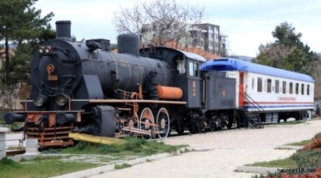 Çankırı'daki Tren Kütüphane Yeni Yerine Taşındı