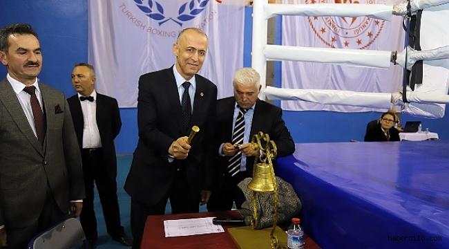 Genç, Yıldız ve Üst Minik Kızlar Türkiye Ferdi Boks Şampiyonası Başladı