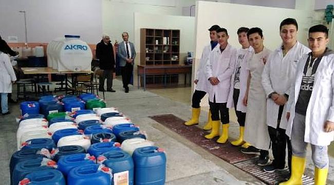 Çankırı Mesleki ve Teknik Anadolu Lisesi Dezenfektan Üretimine Başladı