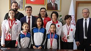 Cimnastikte Arda Çınar Sargın Türkiye Şampiyonu