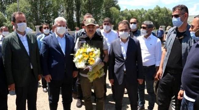 Tarım Ve Orman Bakanı Bekir Pakdemirli Çeşitli Ziyaretlerde Bulunmak Üzere Çankırı'ya Geldi