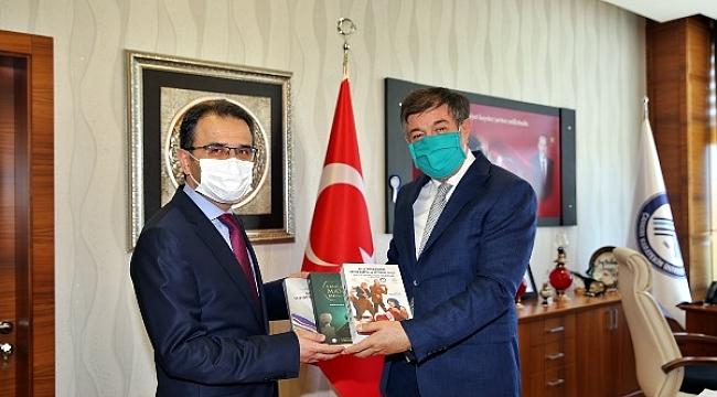 Vali Ayaz Rektör Ayrancı'yı Ziyaret Etti