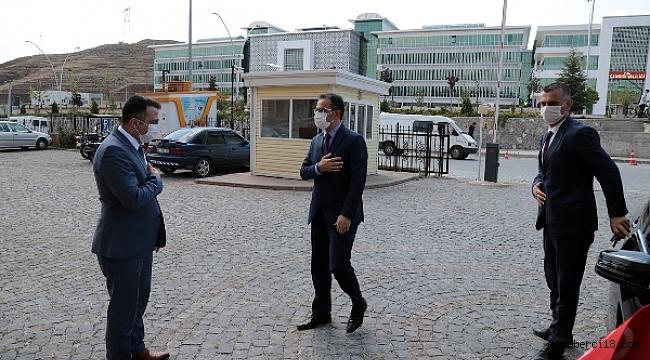 Valimiz Abdullah Ayaz, Adli Yargı Adalet Komisyonu Başkanı Uğur Bay'ı Ziyaret Etti