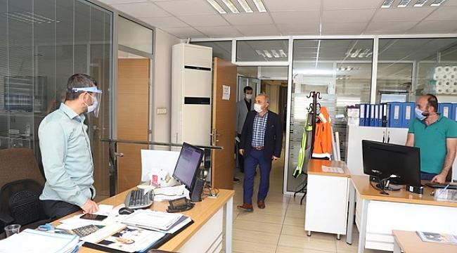 Başkan Esen'den Belediye Personeline Maske Denetimi