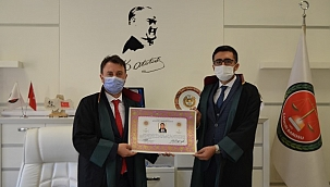 Çankırılı Genç Avukat Ahmet Ersoy Mazbatasını Aldı