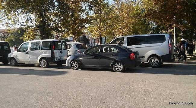 Eğitimsiz Sürücüler Çankırı'da Cadde Ve Sokakları Tehdit Etmeye Devam Ediyorlar (Özel Haber)