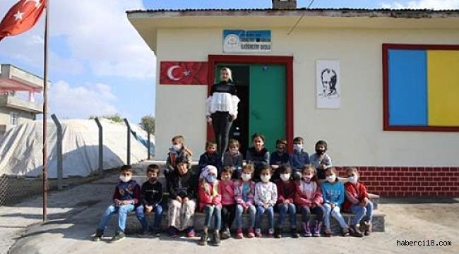 5 Ay Önce Atandığı Köy Okulunu Modern Eğitim Yuvasına Dönüştürdü