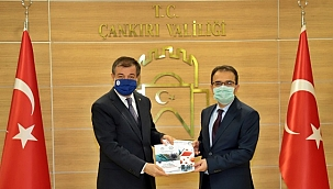 Covid-19 Pandemisi Evde İzolasyon Döneminde Sağlığın Yönetimi Rehberi Tüm Çankırı'ya Dağıtıldı