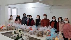 AK Parti Kadın Kolları Kandil Kutlaması