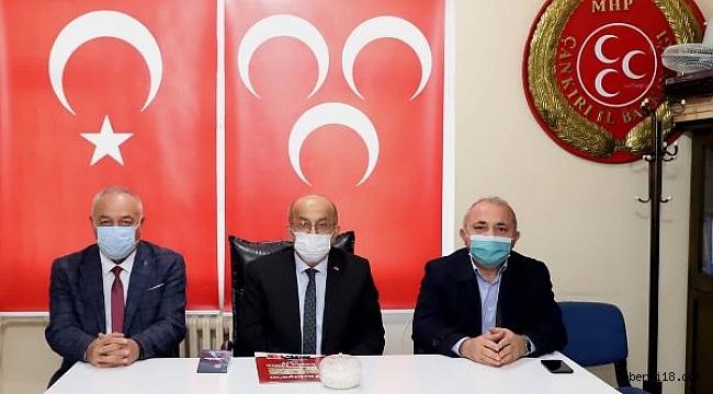 Belediye Başkanı Esen, MHP İl Başkanı Kurt'un Miraç Kandili Mesajları