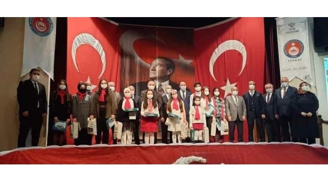 Çankırı'da İstiklal Marşı'mızı En Güzel Okuyan Öğrenciler Ödüllendirildi