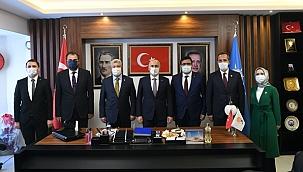 Bakan Karaismailoğlu'ndan Çankırı Ak Parti İl Teşkilatı Ziyareti