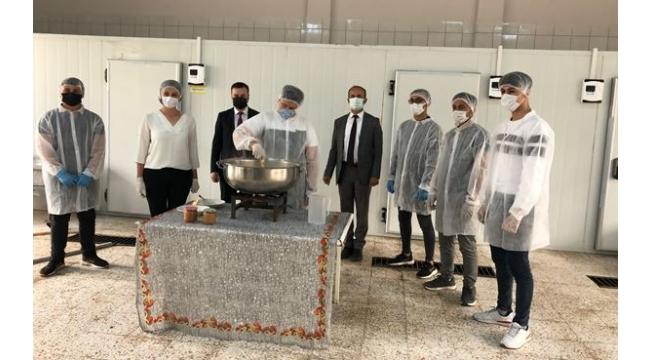 Şehit Mehmet Ata Mesleki ve Teknik Anadolu Lisesi Öğrencileri Süt Reçeli Üretti