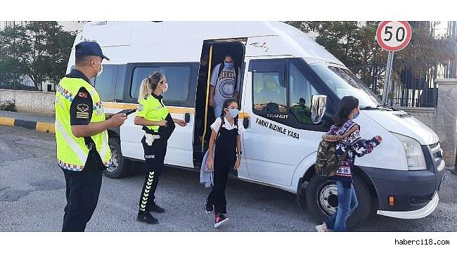 Çankırı'da Jandarmadan Huzur, Güven Ve Okul Servisi Denetimi