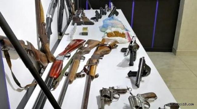 Suç Örgütüne Yönelik Operasyonda 29 Kişi Gözaltına Alındı