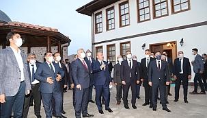 TBMM Başkanı Prof. Dr. Mustafa Şentop Tarihi Taşmescit'i Ziyaret Etti