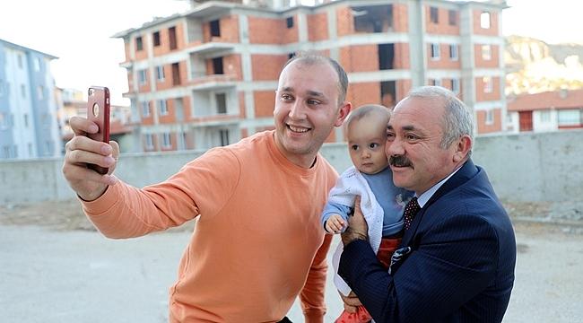 Yenimahalle Sakinlerinden Belediye Başkanı İsmail Hakkı Esen'e Teşekkür