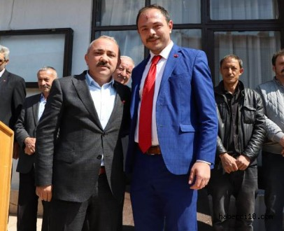 Başkan Esen'i Yapraklılı Hemşehrileri Bağrına Bastı