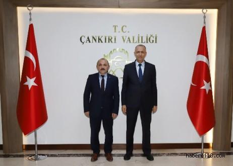Belediye Başkanımız İsmail Hakkı Esen Valimiz Hamdi Bilge Aktaş'ı Ziyaret Etti