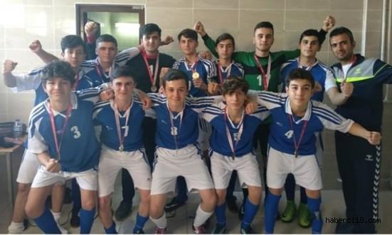 Çankırı Lisesi Futbolda da Başarıya Doymuyor