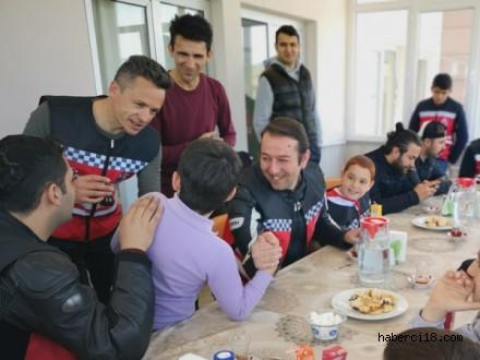 Çankırı Motosiklet'ten 23 Nisan Korteji ve Korgun Çocuk Evlerine Ziyaret