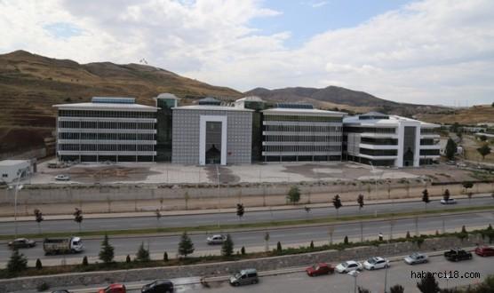 Çankırı Valiliği Yeni Binasına Taşındı