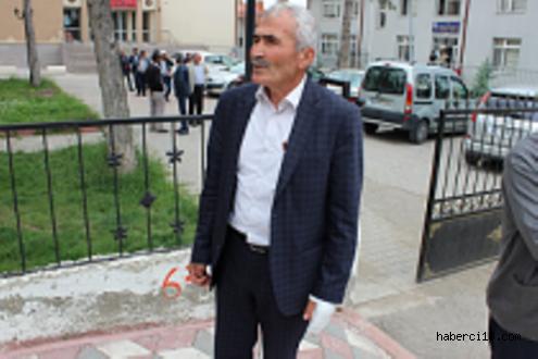 Çerkeş'in Saçak Belde Belediye Başkanına Bıçaklı Saldırı