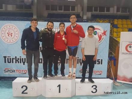 Halterde Türkiye Şampiyonları Çankırı'dan
