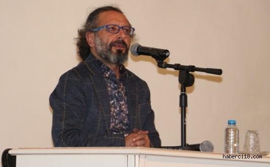 """İstiklal Marşı ve Tarih Sevdamız"" Konferansı Düzenlendi"