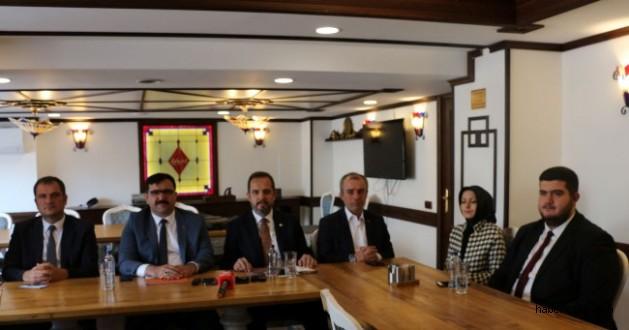 """Milletvekili Salim Çivitçioğlu """"Şehrimiz Belediye Başkanı İsmail Hakkı Esen'in Destekçisiyiz"""" Dedi"""