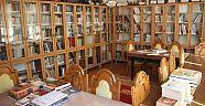 Çankırı Araştırmaları Merkezi Kütüphanesi Araştırmacılara Geniş Bir Arşiv Sunuyor